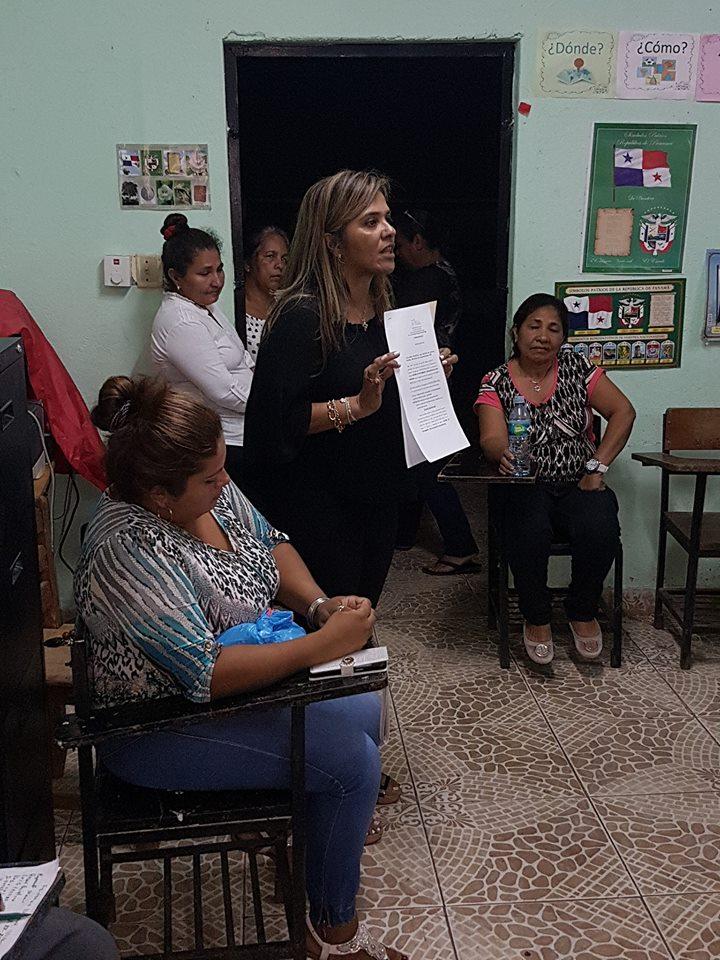 Comunidad de Martincito se asesoró con la dirigencia del Frente Anticorrupción.