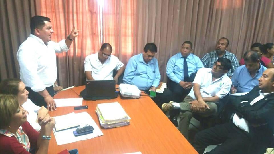 ENCUENTRO ENTRE AUTORIDADES DE VERAGUAS CON DIRIGENTES COMUNITARIOS.